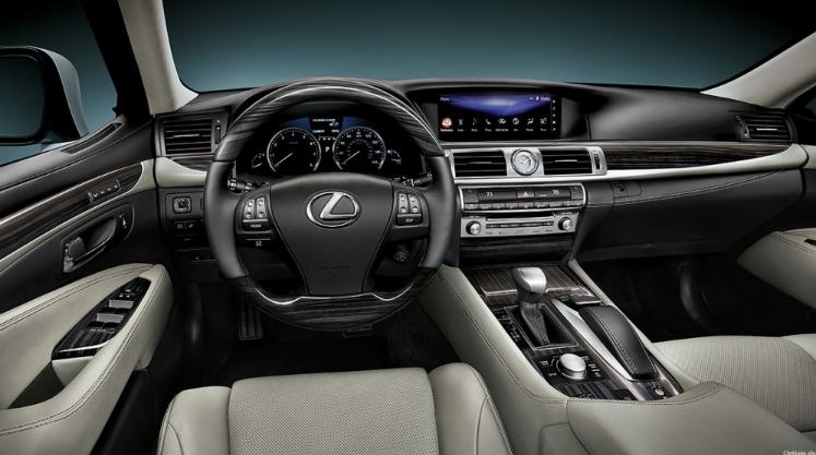 2020 Lexus LS 460 Interior