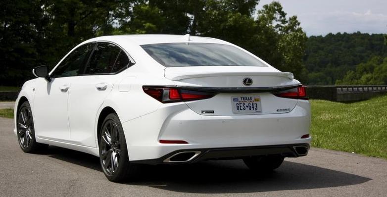 2019 Lexus ES Exterior