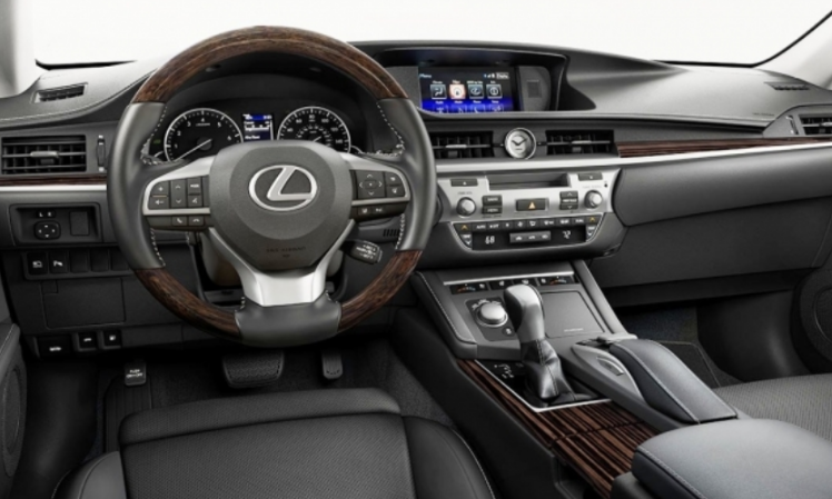 2021 Lexus IS Interior