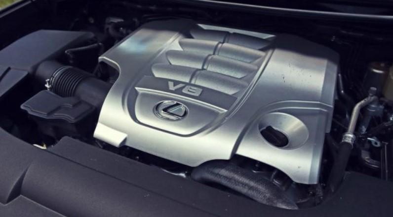 2021 Lexus LX 570 Engine